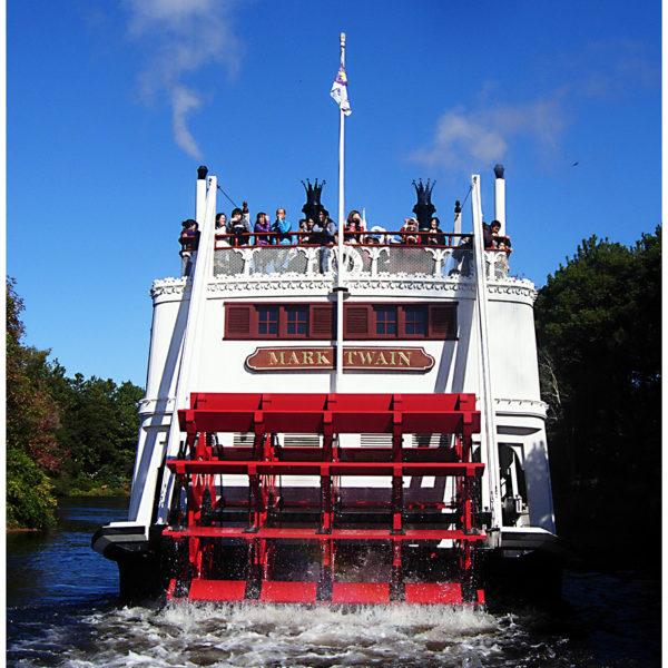 The adventurous boat ride